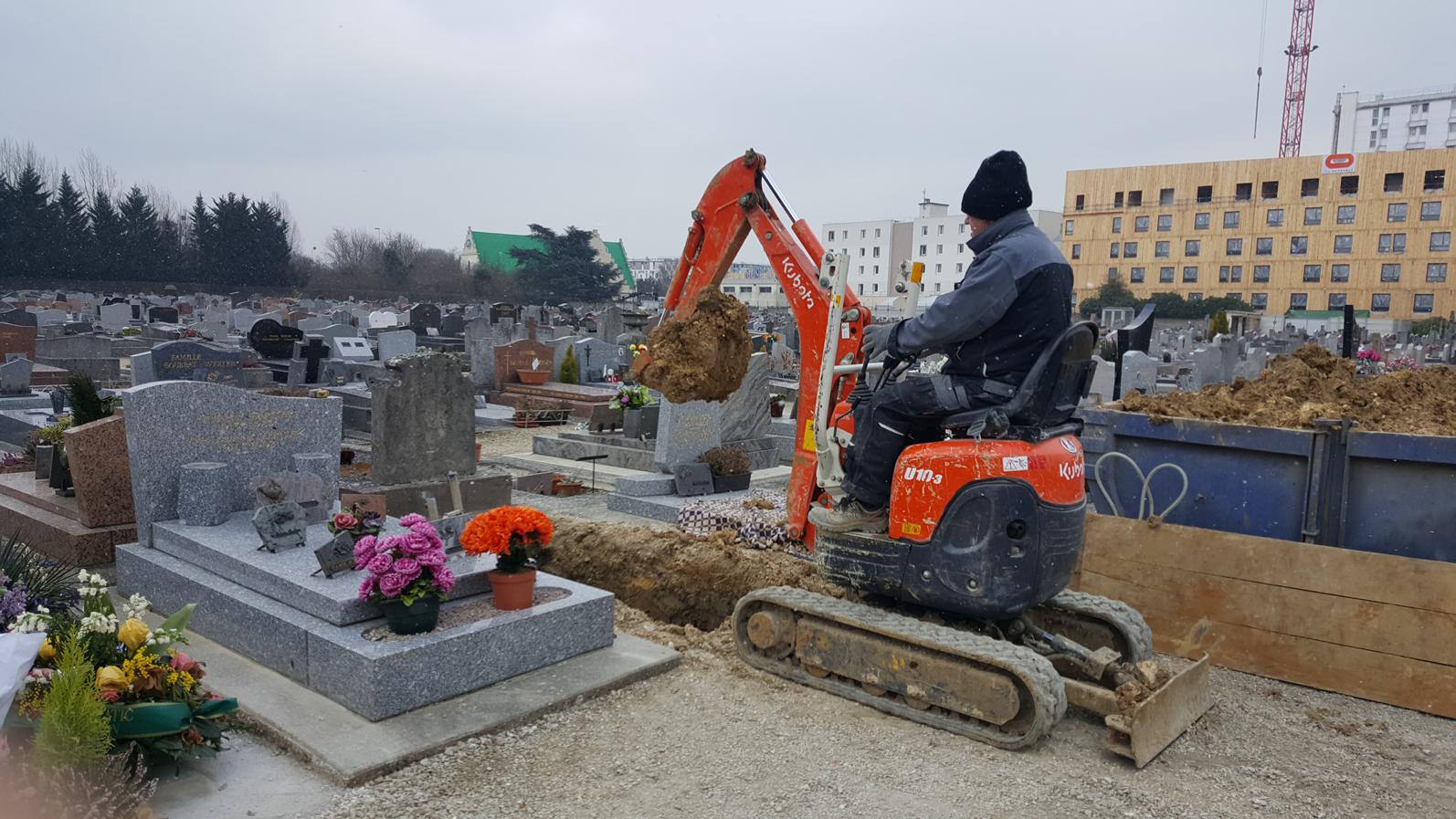 Formation technique cimetière CACES Mini-Pelle