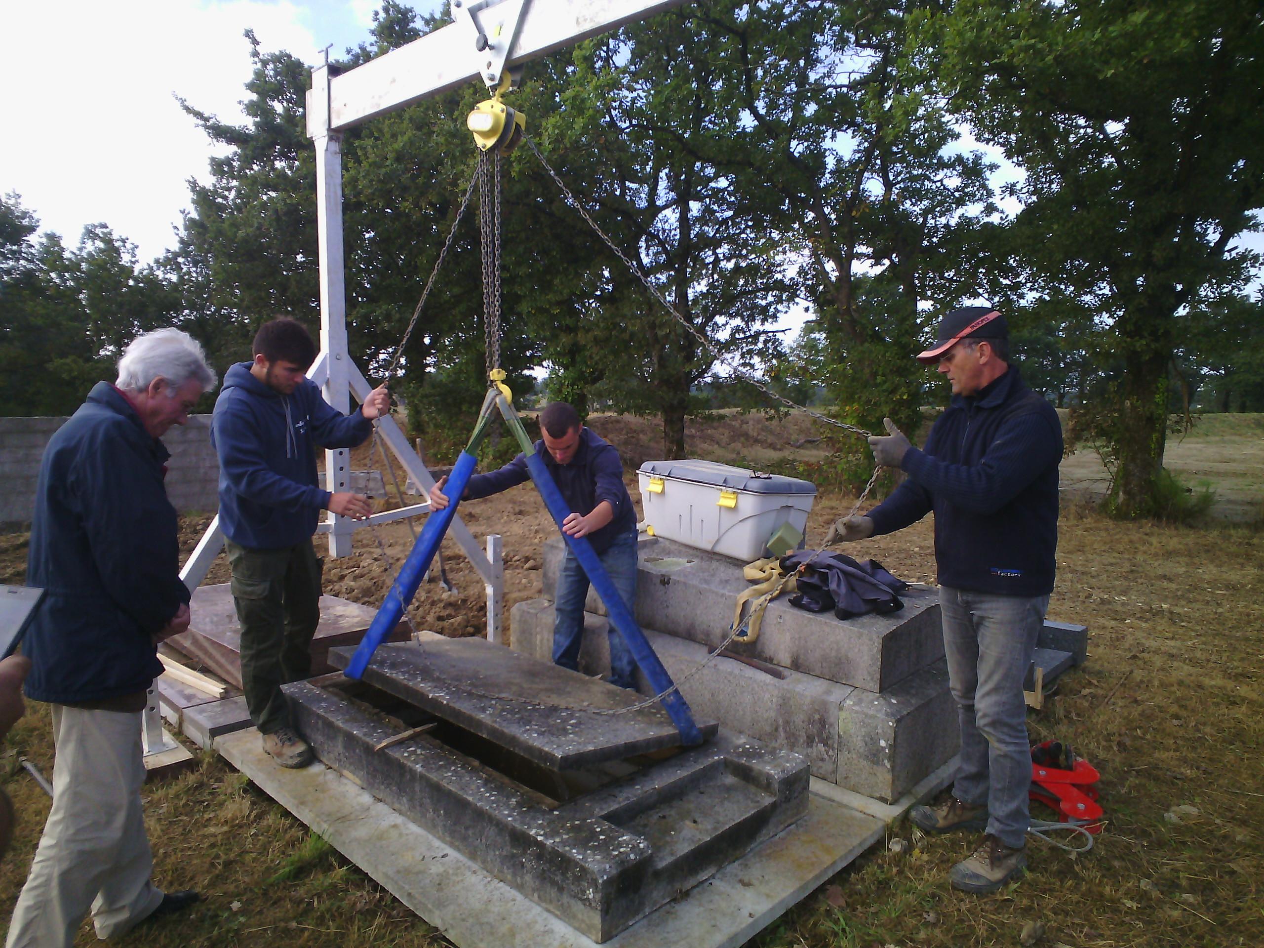 Formation techniques de cimetière CACES école de funétique